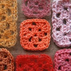 Tutorials for crocheting Granny squares in different patterns.