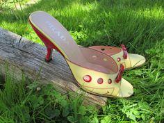 Vintage PRADA Peep Toe Kitten Heel Mules 38 by loveandsqualor1974