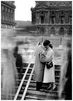 Le Baiser de L'Opera by Robert Doisneau, Paris 1950