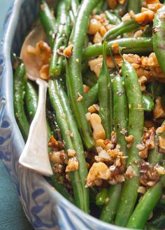 Looks like a flavorful side dish -- Green beans with walnuts and balsamic