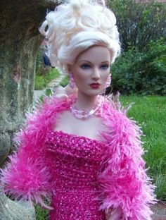 #pinned new to dollduels.com #dollchat ^kv Monaco: Breathless in OAKK dress and jewelry, submitted by Emma. #Fuchsia