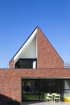 Vande Moortel Facing brick Brick K Arch House, Facade House, Brick Architecture, Residential Architecture, Brick Detail, Brick Art, Brick Building, New Home Designs, Modern House Design