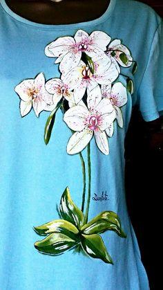 Camiseta pintada a mano. DunArte