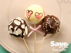 It's not too late! The cutest Valentines Day cake pops to make for your tots: http://save-a-lot.com/recipes/valentine-cake-pops #valentinesday #savealot