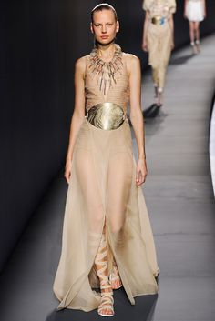Vionnet Spring 2015 Ready-to-Wear - Collection - Gallery - Look 1 - Style.com