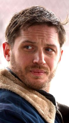 Seriously what's not to love about this picture :) Tom Hardy The Drop, Tom Hardy Hot, Matt Willis, Tom Hardy Variations, Tom Hardy Movies, Tom Hardy Actor, Tommy Boy, Face Expressions, British Actors