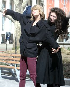 Lorde & Taylor Swift New York Posers - http://oceanup.com/2014/03/10/lorde-taylor-swift-new-york-posers/