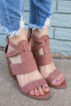 Dark Peach Strappy Open Toe Wooden Heels Barnes-115A – UOIOnline.com: Women's Clothing Boutique