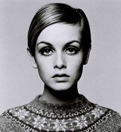 Get eyes like Twiggy: Makeup How-To