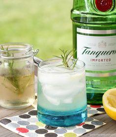 #DRINKRECIPE - Rosemary Gin Spritzer