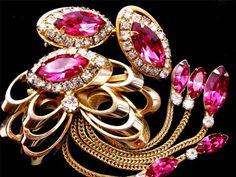 Vintage Art Deco Kramer of New York Pink Rhinestone Brooch and Earrings