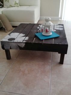 My palet coffee table own made... I love it