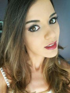 Black eyes & red lips  #eyeliner #black #smokeyeyes #lipstick