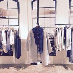 Visual Merchandising l YAYA showroom