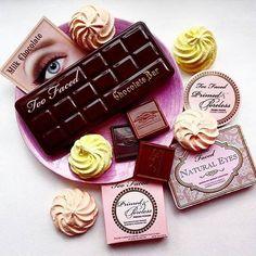 Sundays call for dessert for breakfast! #regram @tavi.makeup #chocolatebarpalette #tfnaturaleyes #toofaced