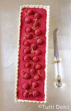 Raspberry Curd Tart ~ Romantic and chic dessert for Valentine's Day! Use the curd for macaron fling.