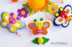 Mobile Schmetterlinge Blume Blätter Sonne von Stoffdekor auf DaWanda.com