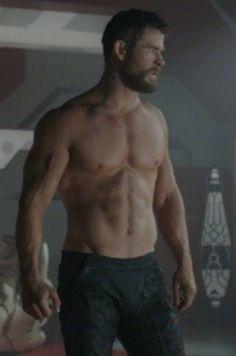 Chris Hemsworth- damn