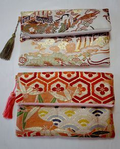 clutch bag made of kimono sash Japanese Textiles, Japanese Patterns, Japanese Fabric, Kimono Fabric, Fabric Bags, Fabric Crafts, Sewing Crafts, Japan Bag, Kirara