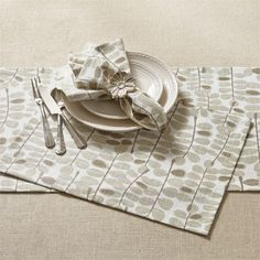 Stone Gray Martha's Garden Placemat 13 x 19 from Split P. Dimensions: 13 x Machine wash reshape/dry flat. Natural Home Decor, Grey Pattern, Garden Table, Grey Stone, Simple Lines, Tablecloths, Placemat, Napkin, Table Runners