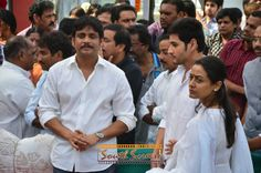 Akkineni Nageswara Rao's Final Journey - Celebrities at ANR Condolences Photo Gallery...  http://www.southscreen.com/thumbnails.php?album=435