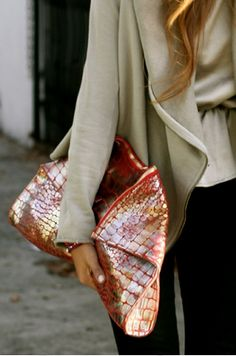 I love a great bag...this #makeovermarch think special, unique, different, and unexpected metallic! Even on a Wednesday!