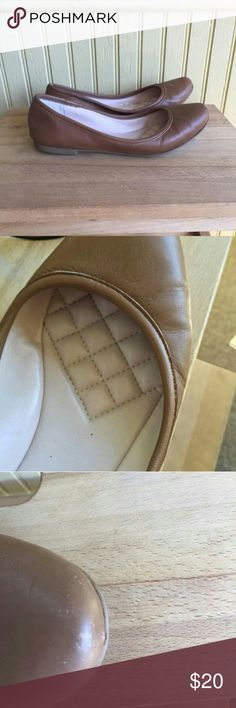 Vince Camuto quilted fawn flats Make an offer!  Vince Camuto quilted fawn flat size 6, gently worn, small scuff to prove it. Vince Camuto Shoes Flats & Loafers
