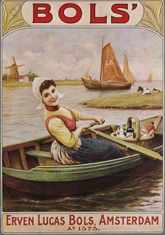 Bols Jonge Jenever Oude affiche waarop meisje in klederdracht in een roeiboot in waterrijk (Zaans?) landschap met molen en zeilschepen. Affiche. Zaans Archief