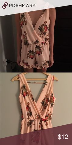 BRAND NEW Peach Floral Romper with Ruffles BRAND NEW Peach Floral Romper with Ruffles Fashion Nova Dresses
