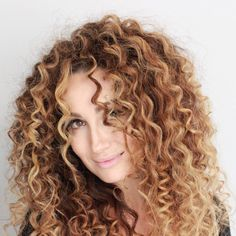 Curls by Anna Lina