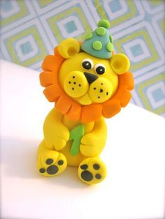 *CIRCUS LION