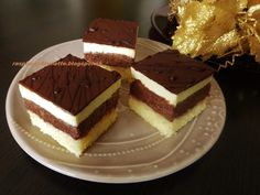 Raspberrybrunette Tiramisu, Rum, Brownies, Raspberry, Baking, Cake, Ethnic Recipes, Basket, Cake Brownies