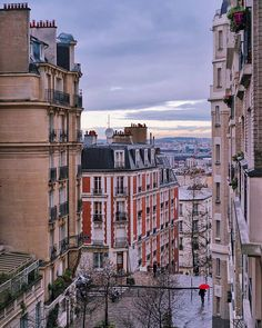 Rainy Day in Paris by vutheara