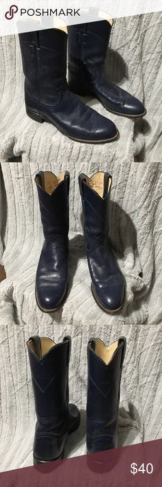 Justin boots blue Justin brand navy cowboy boots style L3744 in great condition only worn a couple times. Justin Boots Shoes Ankle Boots & Booties