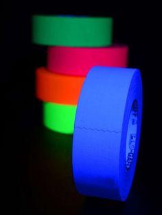 UV Schwarzlicht Neon Klebeband  #blacklight #schwarzlicht #psy #neon #party #tape #diy #deco