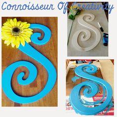 Connoisseur of Creativity: Initial door hanger wreath