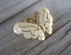 Vintage Enamel cream and gold Butterfly brooch pin unsigned