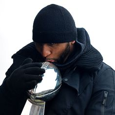 Super Bowl Champion Ray Lewis with the Lombardi Trophy. Ray Lewis, National Football League, Football Team, Super Bowl, Baltimore Ravens, Nfl Ravens, Baltimore Maryland, Lab, Home Team