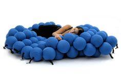 Letti strani: materasso molecolare!