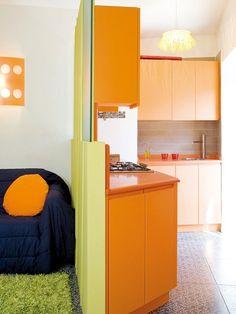 Soggiorno piccolo con angolo cottura - Living moderno con angolo ...