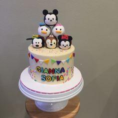 Tsum tsum cake @busybee0715