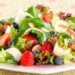 Mixed Berry Salad with Balsamic Vinaigrette