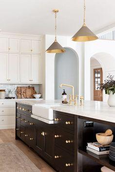 Home Interior Vintage The McGee Home Kitchen Tour - Studio McGee.Home Interior Vintage The McGee Home Kitchen Tour - Studio McGee Kitchen Interior, New Kitchen, Kitchen Dining, Kitchen Decor, Kitchen Modern, Kitchen Ideas, Kitchen Sink, Kitchen Cabinets, Dining Table