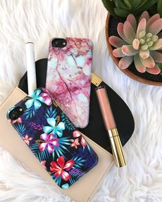 Pink Lava or Lilac Kiss Shop Marble & Floral Cases for iPhone 8/7, iPhone 8 Plus/7 Plus & iPhone X from Elemental Cases #elementalcases #pinklava #lilackiss #florals available for #iphone8 #iphone8plus #iphonex #iphone7 #iphone7plus