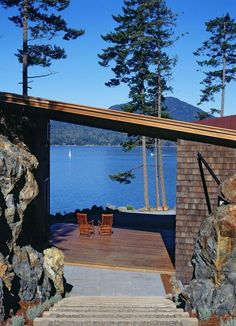 Bowen Island House in Vancouver by Sturgess Architecture Bowen Island House in Vancouver by Sturgess Architecture The post Bowen Island House in Vancouver by Sturgess Architecture appeared first on Architecture Diy. Home Design, Modern House Design, Design Homes, Interior Design, Cabana, Modern Lake House, House In Nature, Weekend House, Lake Cottage