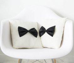 Retro Bow Cushion