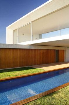Container House Design with Swimming Pool, Osler House 4