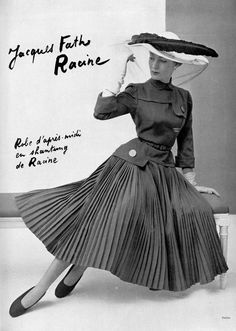 Model in silk shantung dress with wide pleated skirt by Jacques Fath, photo by Philippe Pottier, 1951 Fifties Fashion, Retro Fashion, Vintage Fashion, Fifties Style, Jacques Fath, Fashion Moda, Look Fashion, Club Fashion, Fashion Tips