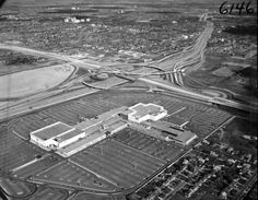 Yorkdale, 1964 Toronto Pictures, Old Pictures, Canadian History, American History, Canadian Things, Toronto Ontario Canada, Toronto Travel, Historical Architecture, Shopping Center