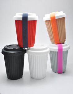 reusable coffee cups // dibs on the grey and pink one! To Go Coffee Cups, Tea Cups, Coffee Mugs, Coffee Lyrics, Coffee Shop Business, Take Away Cup, Coffee Cup Design, Reusable Coffee Cup, Travel Cup